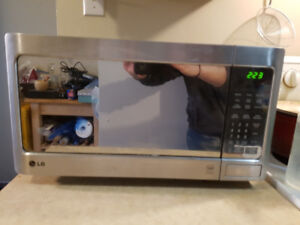LG 1000W Stainless Steel finish Microwave