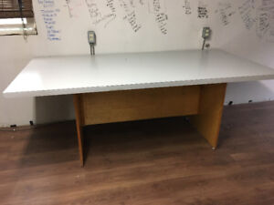 2 Large desks $15 each