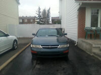 1998 Nissan Maxima GXE Berline NEGOTIABLE!!!!!!!11