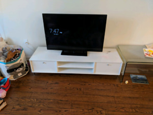 White modern style tv stand.
