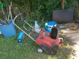 Toro snowblower for parts, electric start