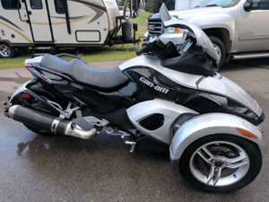 2008 Can Am Spyder RS w/ Trailer
