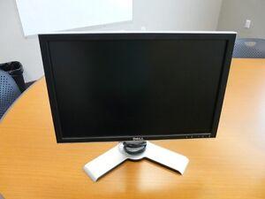 "Ecran d""Ordinateur plat plasma 20po Dell Ultrasharp VGA, DVI"