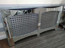 Mirror radiator cover