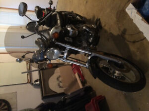 Mint condition pearl white with black Yamaha 750 cruiser