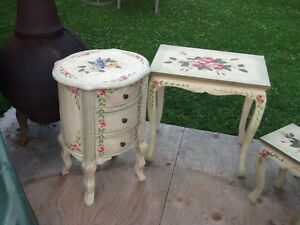 Set of 4 nesting tables  & accent round tower with DRAWERS REDUC Kingston Kingston Area image 2