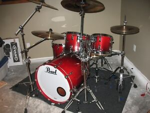 Pearl Reference Drums