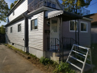 Siding installers $20 to $30 a hour