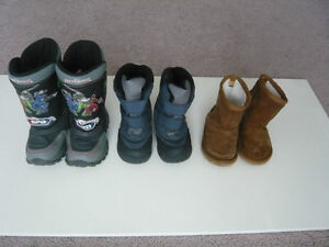 Snow boots, size 4