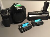 Canon EOS 7D +  Battery Grip BG-E7 + batterie d'extra