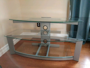 Bell O Tempered Glass Entertainment Stand