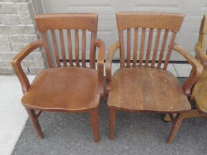 6 SOLID ANTIQUE WOODEN CHAIRS $ 85 Kingston Kingston Area image 2
