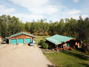 Log Cabin nature enthusiast on 19 acres W triple & double garage
