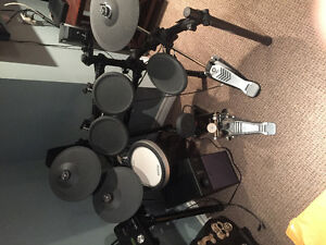 Yamaha Electric drum set