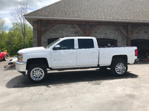 Chevy or Gmc tires and rims for 2500