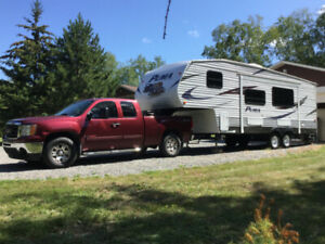 FIFTH WHEEL PUMA PALOMINO 2011 ET PICK-UP GMC 1500 SIERRA 2008
