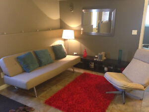 Like NEW Fully Furnished Basement Suite Available AUG 1
