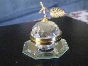 "Swarovski Crystal Figurine- "" Small Gold Apple "" Kitchener / Waterloo Kitchener Area image 1"