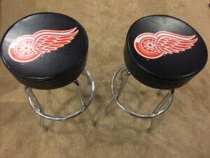 Set of 2 NHL Detroit Redwings Padded Swivel Bar Stools