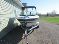 17.5 ft Glasport bowrider with 90 HP Yamaha outboard motor