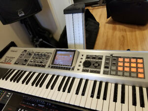 Roland Fantom X6 in very good condition - en très bon condition