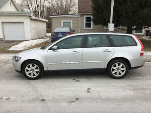 2006 Volvo V50 Wagon Excellent MECHANIC