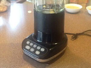 Kitchenaide blender