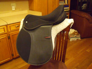 "English Saddle - Maxam Thorowgood - Black 17"" All Purpose"