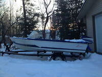 Quick sale 14' fishing boat with nice trailer