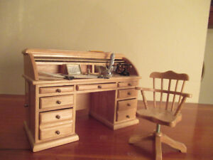 Doll House Scale Roll Top Desk