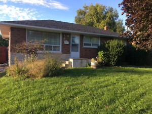 Clean 3 bedroom House for rent Whitby