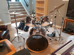 DW Pacific LX series drums