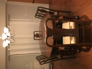 Solid walnut Queen Anne table & chairs.