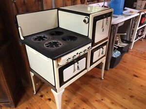 Moffat gas stove and oven  Cambridge Kitchener Area image 1