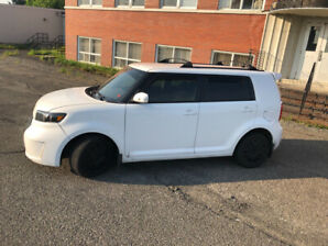 2009 Scion Xb All Options has Toyota 2.4 L Auto , only 159 Kms