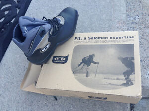 Salomon Cross-country Ski Boots. Size 10. New.