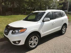 2012 Hyundai Santa Fe GL Premium SUV, Crossover