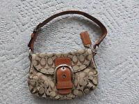 Small Coach Tan & Leather handbag