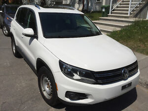 2012 Volkswagen Tiguan Highline with Technology Package