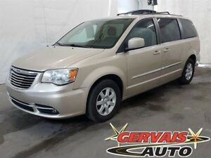 Chrysler Town & Country Touring GPS TV/DVD Toit Ouvrant 2012