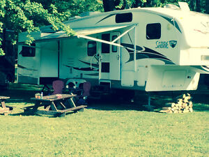 Sabre 32 ft Fitth wheel London Ontario image 2