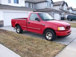 1999 Ford F-150 Camionnette marche bien 600$