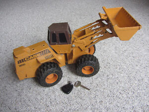 Large Heavy Diecast Toy Vintage ERTL CASE W30 Front Loader