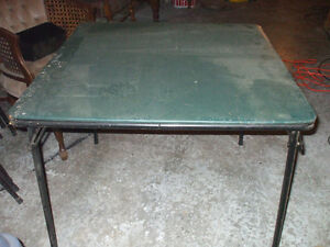FOR SALE NICE SET OF FOLD UP TABLE AND 4  CHAIRS