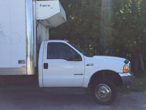 200 Ford F-550 Box Truck with Reefer Stratford Kitchener Area image 4