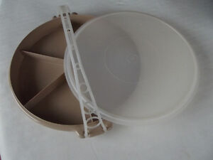 Tupperware Party Susan/Vegetable Tray