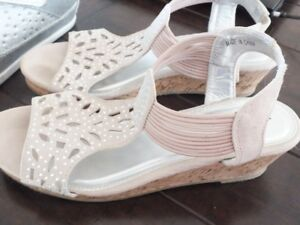 Sandals with sparkles and wedge heal