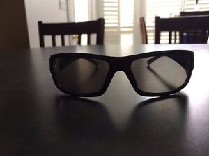 Brand new men's  Guess sunglasses