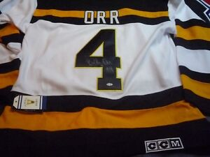 BOBBY ORR SIGNED JERSEY CHANDAIL AUTOGRAPHIE West Island Greater Montréal image 1