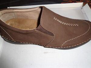 VIONIC orthopedic shoe
